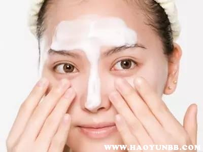 只涂擦了粉底液可不可以用洗面奶直接卸妆掉、能洗干净吗