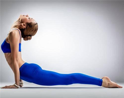产后女人多久可以做瑜伽
