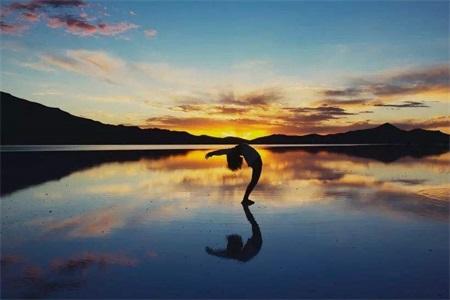 适合女性的瑜伽减肥动作,轻松减肥甩掉小肚腩