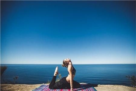 减肥瑜伽轻松练,做完这些瘦的明显