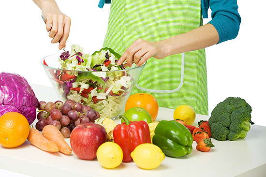 手足口病要不要忌口 手足口病不能吃的食物有哪些