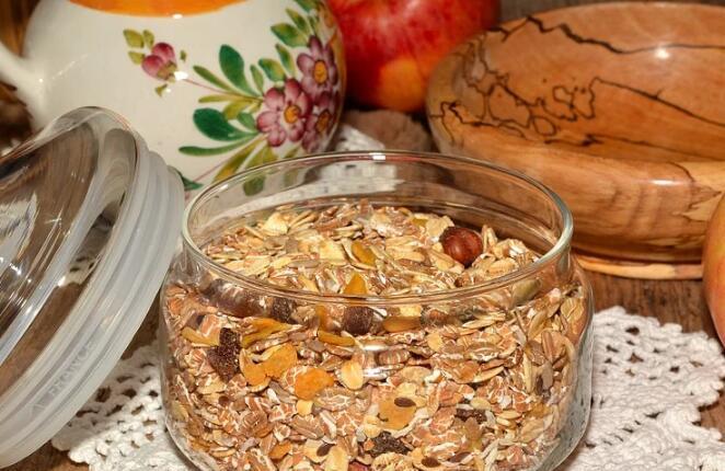 早餐燕麦片的吃法 三道营养早餐推荐