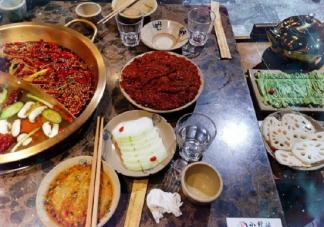 冬至吃饺子晒图发朋友圈幸福说说 冬至吃饺子开心的朋友圈图片说说