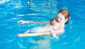 这样教宝宝游泳,保证一教就会